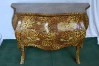 Commode léopard de style Louis XV grand modèle