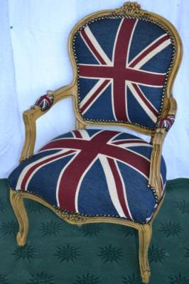 fauteuil de style louis xv drapeau anglais. Black Bedroom Furniture Sets. Home Design Ideas